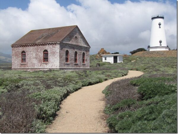 VISIT THE PIEDRAS BLANCAS LIGHT STATION